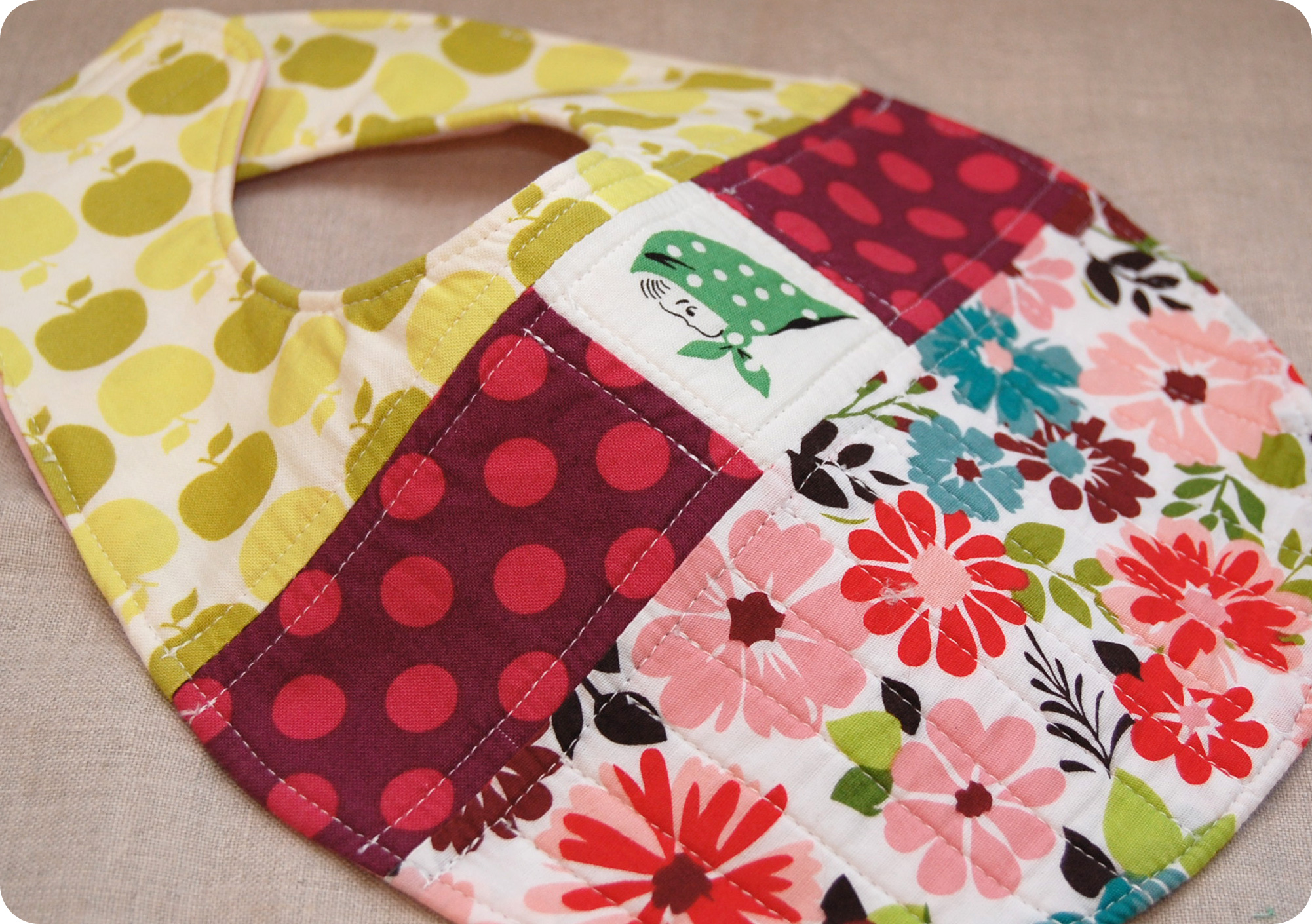Quilted Patchwork Bib Pattern And Tutorial Sew She Sews S